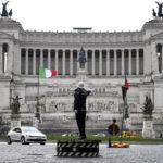 Roma, torna la storica pedana dei vigili a piazza Venezia