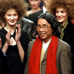 FRANCE - MARCH 10:  Ready to wear fashion show: Fall -winter 98/99 In Paris, France On March 10, 1998 - Kenzo fashion show.  (Photo by Daniel SIMON/Gamma-Rapho via Getty Images)
